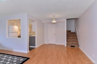 Photo 4: 8 954 Queens Ave in VICTORIA: Vi Central Park Row/Townhouse for sale (Victoria)  : MLS®# 780769