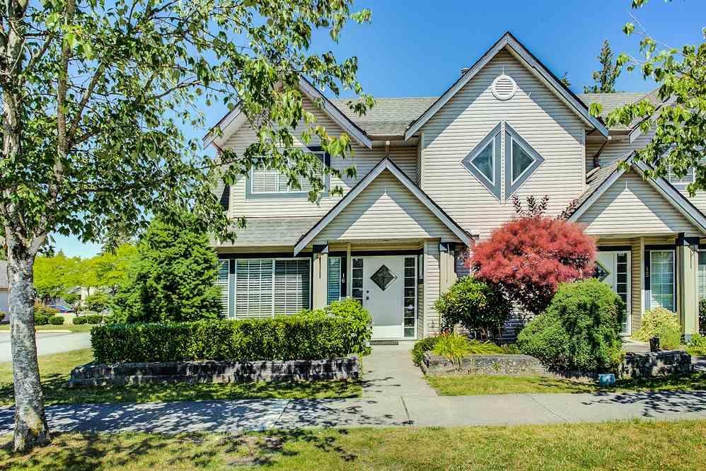 "Main Photo: 16 11536 236 Street in Maple Ridge: Cottonwood MR Townhouse for sale in ""Kanaka Mews"" : MLS®# R2305474"
