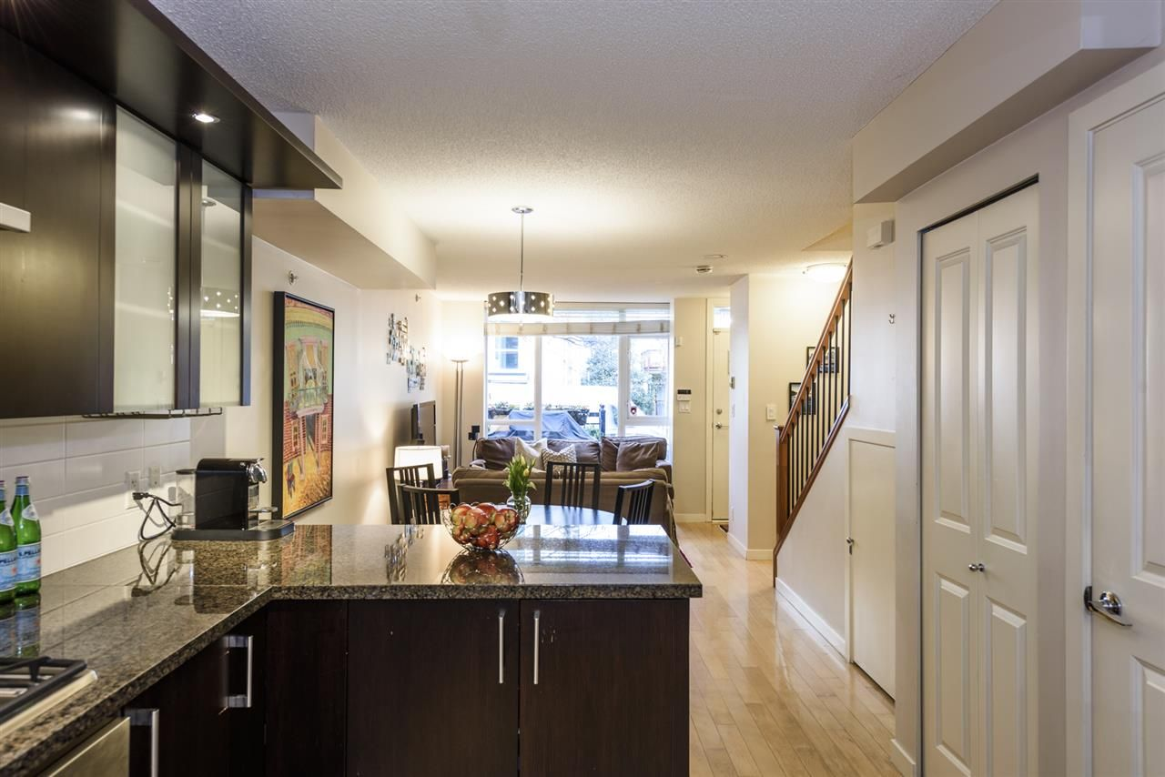 Photo 10: Photos: 1644 W 7TH AVENUE in Vancouver: Fairview VW Townhouse for sale (Vancouver West)  : MLS®# R2543861