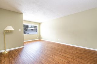 Photo 4: 1424 Rosehill Drive NW in Calgary: Rosemont Semi Detached for sale : MLS®# A1075121