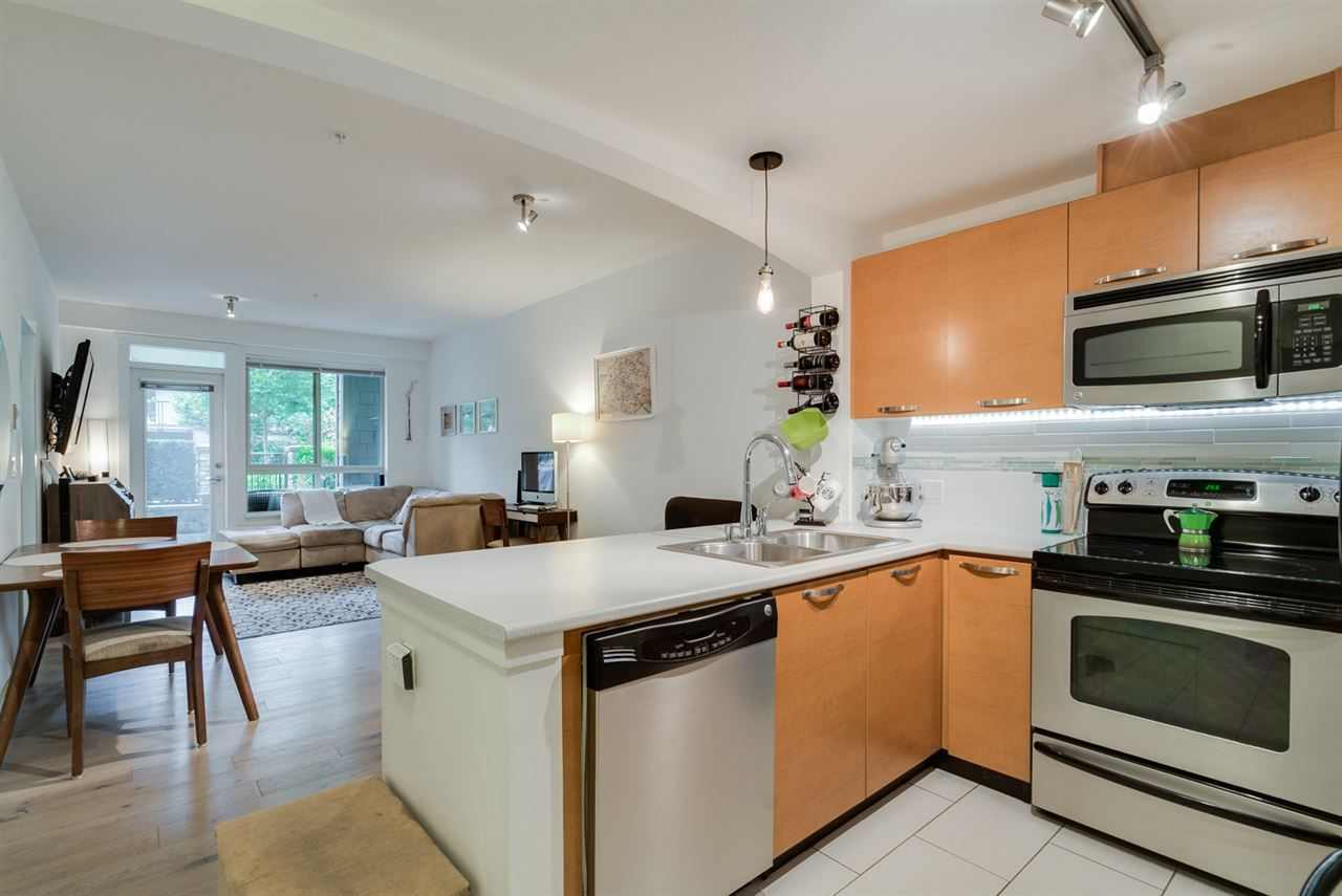 Main Photo: 106 7478 BYRNEPARK WALK in Burnaby: South Slope Condo for sale (Burnaby South)  : MLS®# R2204239
