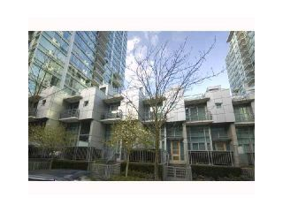 """Photo 10: 1463 W HASTINGS Street in Vancouver: Coal Harbour Townhouse for sale in """"WATERFRONT PLACE"""" (Vancouver West)  : MLS®# V1047188"""