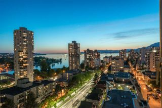 """Photo 1: 1606 1003 PACIFIC Street in Vancouver: West End VW Condo for sale in """"Seastar"""" (Vancouver West)  : MLS®# R2269056"""