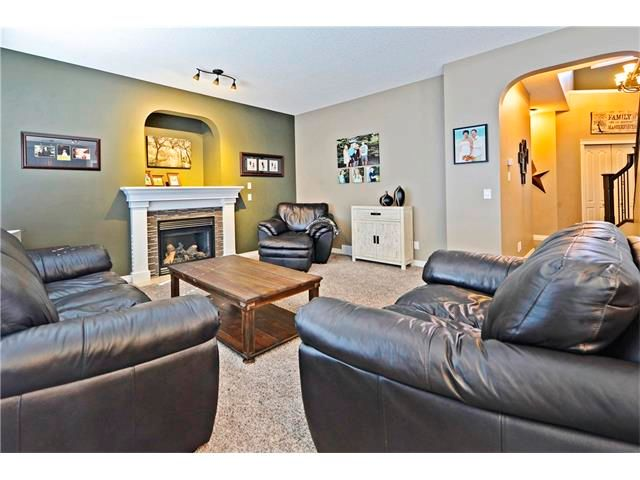 Photo 16: Photos: 186 THORNLEIGH Close SE: Airdrie House for sale : MLS®# C4054671
