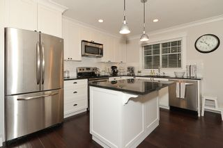 """Photo 20: 250 54A Street in Tsawwassen: Pebble Hill House for sale in """"PEBBLE HILL"""" : MLS®# V873477"""