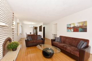 "Photo 4: 126 E 18TH Avenue in Vancouver: Main House for sale in ""MAIN"" (Vancouver East)  : MLS®# V1143362"