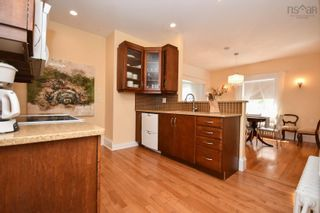 Photo 11: 6323 Oakland in Halifax: 2-Halifax South Residential for sale (Halifax-Dartmouth)  : MLS®# 202123091