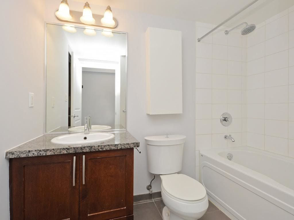 """Photo 13: Photos: 403 3811 HASTINGS Street in Burnaby: Vancouver Heights Condo for sale in """"MONDEO"""" (Burnaby North)  : MLS®# R2119090"""