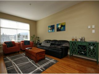 Photo 5: # 205 1336 MAIN ST in Squamish: Downtown SQ Condo for sale : MLS®# V1109070