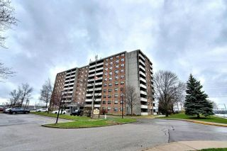 Photo 2: 801 20 William Roe Boulevard in Newmarket: Central Newmarket Condo for sale : MLS®# N4751984