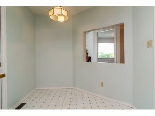 """Photo 11: 703 21937 48TH Avenue in Langley: Murrayville Townhouse for sale in """"ORANGEWOOD"""" : MLS®# R2077665"""