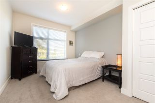 """Photo 16: 305 20062 FRASER Highway in Langley: Langley City Condo for sale in """"VARSITY"""" : MLS®# R2508491"""