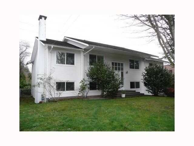 "Main Photo: 1300 53A Street in Tsawwassen: Cliff Drive House for sale in ""TSAWWASSEN HEIGHTS"" : MLS®# V819256"