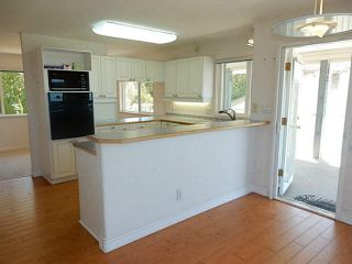 Photo 9: 4936 ARBUTUS Road in Sechelt: Sechelt District House for sale (Sunshine Coast)  : MLS®# V1136165