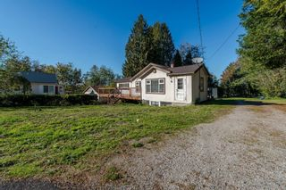 Photo 3: 33967 MCCRIMMON Drive in Abbotsford: Abbotsford East House for sale : MLS®# R2609247