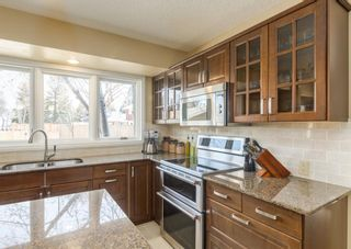 Photo 9: 2415 Paliswood Road SW in Calgary: Palliser Detached for sale : MLS®# A1095024
