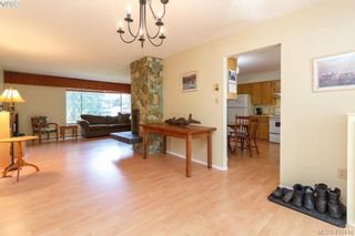 Photo 8: 618 Goldie Ave in VICTORIA: La Thetis Heights House for sale (Langford)  : MLS®# 813665