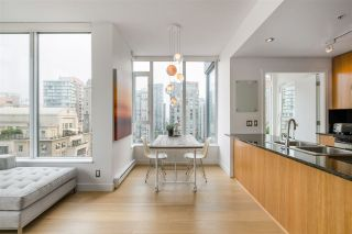 """Photo 6: PH2401 1010 RICHARDS Street in Vancouver: Yaletown Condo for sale in """"THE GALLERY"""" (Vancouver West)  : MLS®# R2498796"""