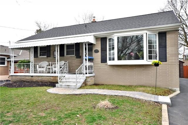 Main Photo: 48 Rockport Crescent in Richmond Hill: Crosby House (Bungalow) for sale : MLS®# N3760153