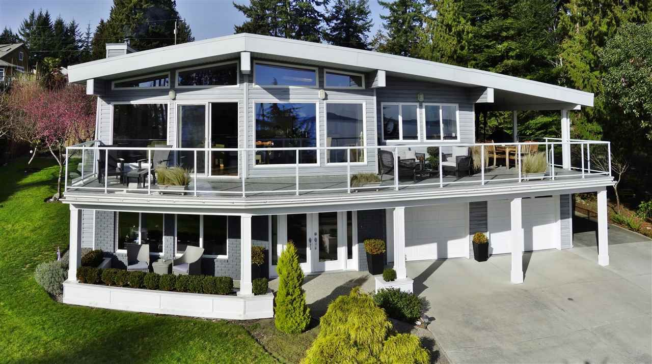 Main Photo: 4653 EDGECOMBE Road in Madeira Park: Pender Harbour Egmont House for sale (Sunshine Coast)  : MLS®# R2038632