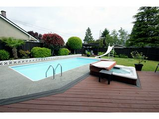 """Photo 19: 1073 SHAMAN Crescent in Tsawwassen: English Bluff House for sale in """"THE VILLAGE"""" : MLS®# V1012662"""