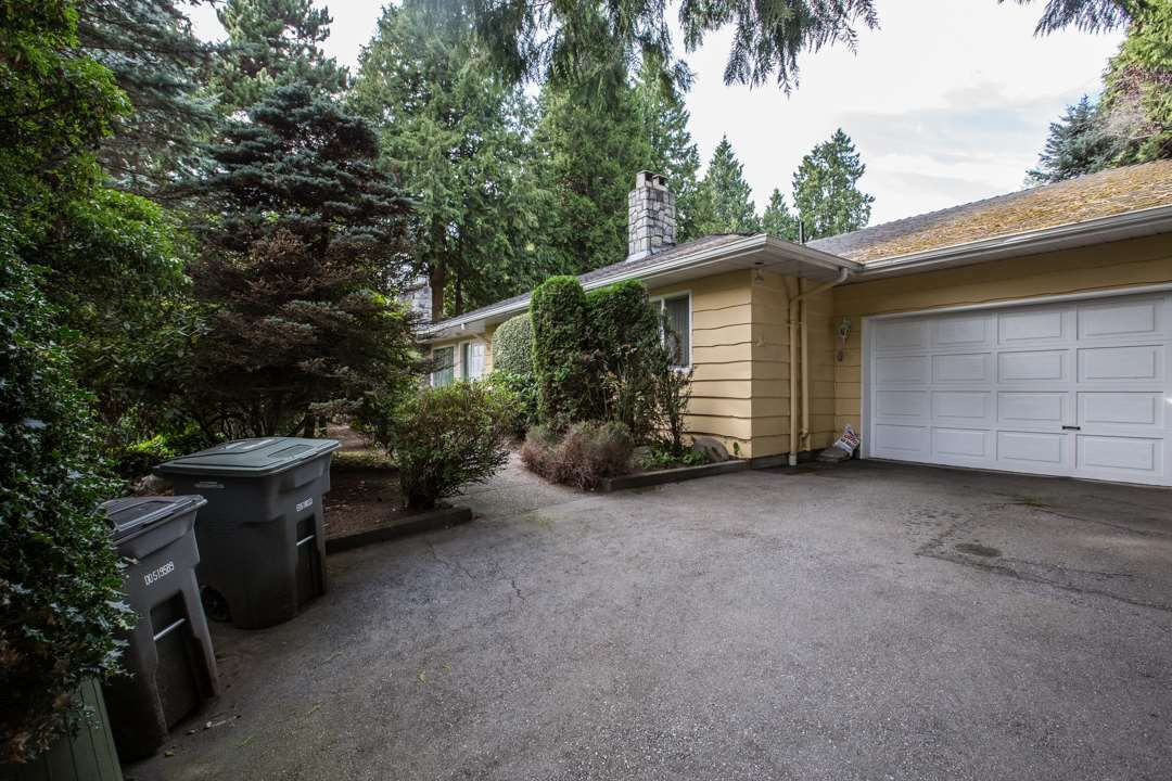 """Photo 12: Photos: 3521 W 47TH Avenue in Vancouver: Southlands House for sale in """"SOUTHLANDS"""" (Vancouver West)  : MLS®# R2005508"""