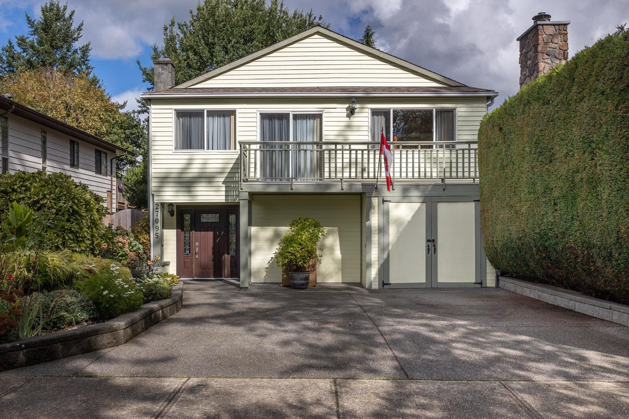 Main Photo: 27095 33B Avenue in Langley: Aldergrove Langley House for sale : MLS®# R2624070