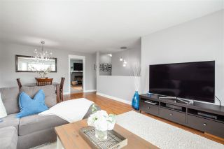 Photo 4: 18841 121B Avenue in Pitt Meadows: Central Meadows House for sale : MLS®# R2384751