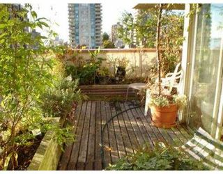 """Photo 3: 1104 1330 HORNBY ST in Vancouver: Downtown VW Condo for sale in """"HORNBY COURT"""" (Vancouver West)  : MLS®# V560112"""