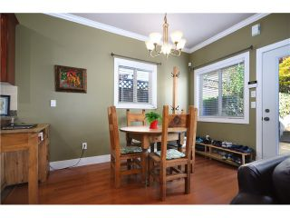 Photo 14: 322 E 4TH Street in North Vancouver: Lower Lonsdale 1/2 Duplex for sale : MLS®# V1029955