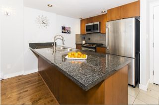 "Photo 10: 1302 9188 HEMLOCK Drive in Richmond: McLennan North Condo for sale in ""HAMPTONS PARK"" : MLS®# R2356447"