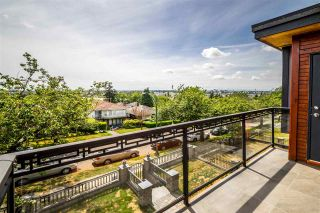 Photo 13: 941 E 64TH Avenue in Vancouver: South Vancouver House for sale (Vancouver East)  : MLS®# R2399028