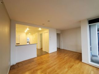 "Photo 10: 2506 939 EXPO Boulevard in Vancouver: Yaletown Condo for sale in ""Max II"" (Vancouver West)  : MLS®# R2575911"