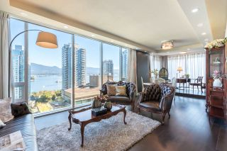 "Photo 8: 1702 1277 MELVILLE Street in Vancouver: Coal Harbour Condo for sale in ""FLATIRON"" (Vancouver West)  : MLS®# R2206172"