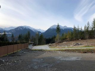 """Photo 4: 2910 HUCKLEBERRY Drive in Squamish: University Highlands Land for sale in """"University Heights"""" : MLS®# R2570038"""