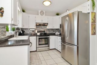 Photo 7: 12183 CHERRYWOOD Drive in Maple Ridge: East Central House for sale : MLS®# R2569705