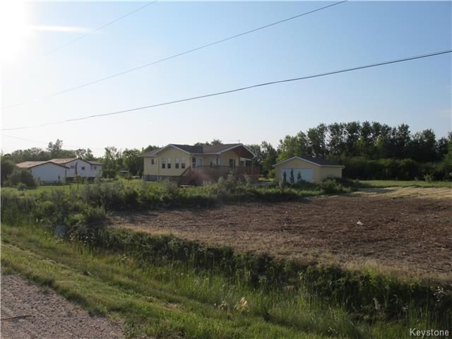 Photo 2: Photos:  in St Laurent: Lake Manitoba Estates Residential for sale (R19)  : MLS®# 1806775