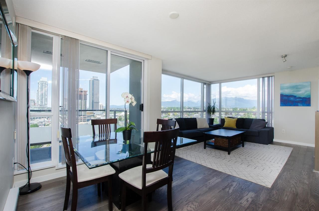 """Main Photo: 1903 4888 BRENTWOOD Drive in Burnaby: Brentwood Park Condo for sale in """"FITZGERALD"""" (Burnaby North)  : MLS®# R2381576"""