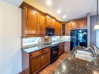 Photo 9: 529 24 Avenue NE in Calgary: Winston Heights/Mountview Semi Detached for sale : MLS®# A1021988