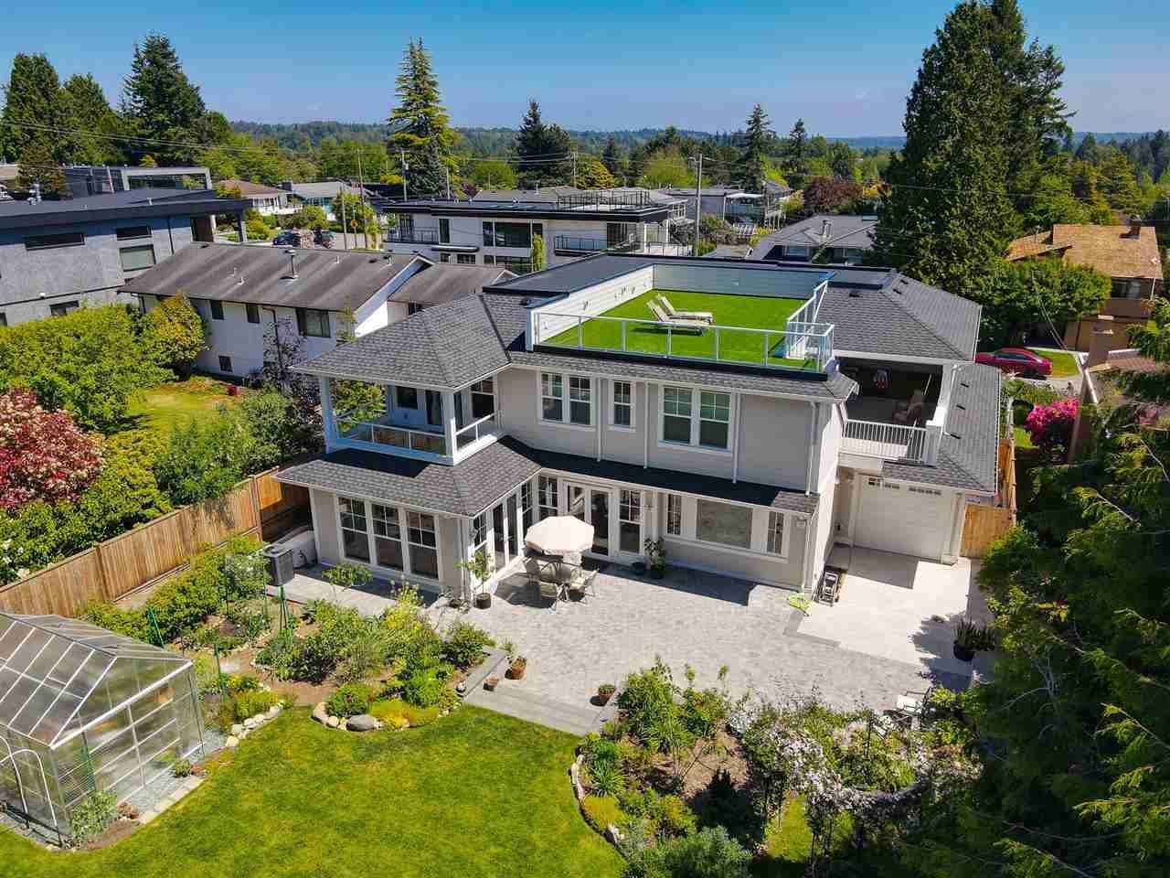 Main Photo: 1165 STEVENS Street: White Rock House for sale (South Surrey White Rock)  : MLS®# R2588269