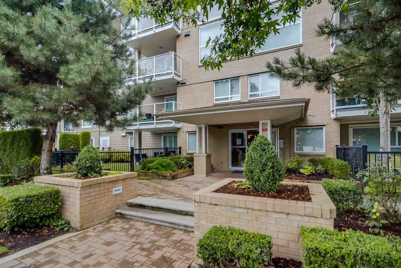 Main Photo: 208 22255 122 Avenue in Maple Ridge: West Central Condo for sale : MLS®# R2105719