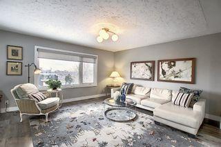 Photo 3: 836 Bridge Crescent NE in Calgary: Bridgeland/Riverside Detached for sale : MLS®# A1084169