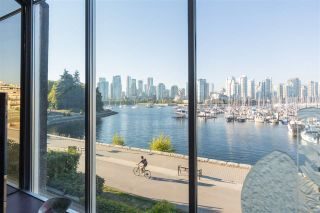 Photo 33: 694 MILLBANK in Vancouver: False Creek Townhouse for sale (Vancouver West)  : MLS®# R2496672