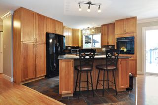 """Photo 5: 20579 48 Avenue in Langley: Langley City House for sale in """"CITY PARK"""" : MLS®# R2534964"""