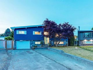 Photo 2: 46601 ELGIN Drive in Chilliwack: Fairfield Island House for sale : MLS®# R2586821