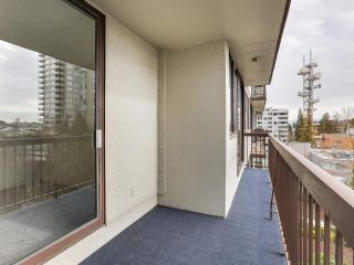 """Photo 17: 706 620 SEVENTH Avenue in New Westminster: Uptown NW Condo for sale in """"CHARTER HOUSE"""" : MLS®# R2391698"""