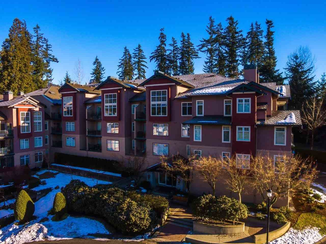 """Main Photo: 107 1140 STRATHAVEN Drive in North Vancouver: Northlands Condo for sale in """"Strathaven"""" : MLS®# R2131232"""