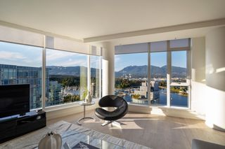 """Photo 10: 2701 1499 W PENDER Street in Vancouver: Coal Harbour Condo for sale in """"WEST PENDER PLACE"""" (Vancouver West)  : MLS®# R2614802"""