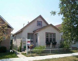 Photo 1: 870 ABERDEEN Avenue in Winnipeg: North End Single Family Detached for sale (North West Winnipeg)  : MLS®# 2611554