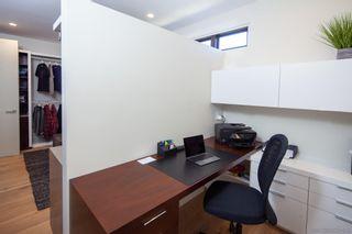 Photo 25: LA JOLLA House for sale : 5 bedrooms : 5552 Via Callado
